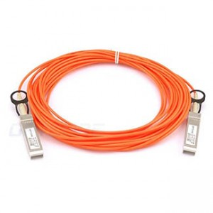 Cisco 40GBase-AOC QSFP direct-attach active optical cable, 2-meter
