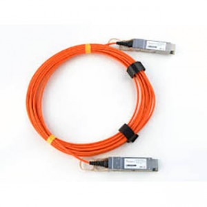 Cisco 40GBase-AOC QSFP direct-attach active optical cable, 3-meter